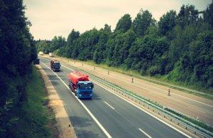 truck-2138974_640-300x194 GŁÓWNA