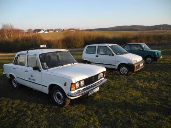 """Duży-Fiat-Fiat-Cinquecento-Fiat-126-560x420 """"Samochodami interesuję się chyba od zawsze"""" - czyli pierwszy wywiad z miłośnikiem zabytkowych pojazdów"""