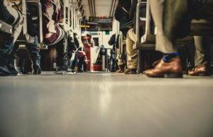 people-feet-train-travelling-300x194 GŁÓWNA